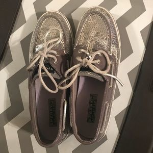 Silver sparkle sperrys